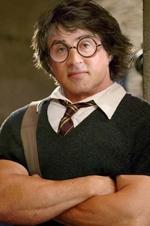 Сильвестр Сталлоне в образе Гарри Поттера