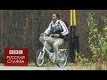Беженцы из Сирии скупают велосипеды в России - BBC Russian,News & Politics,мигранты,беженцы,россия,норвегия,велосипед,европа,миграционный кризис,новости,граница,сирия,сирийские,Cycling (Interest),миграция,Сотни мигрантов пересекают российско-норвежскую границу на велосипедах - они нашли новый путь,