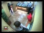 Нападения на ломбарды в Иркутске,News,,За неделю в Иркутске совершено два разбойных нападения на ломбарды. В одном случае преступники свободным путём проникли в помещение, где угрожая оружием похитили золотые украшения на сумму 2,5 млн. рублей. Нападение на второй ломбард в микрорайоне Топкинский за