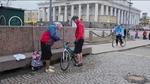 Бабушка на велосипеде (Grandma on a bicycle),,
