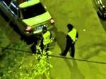 В столице Приморья инспектор ДПС проколол колеса припаркованной машине,Music,,